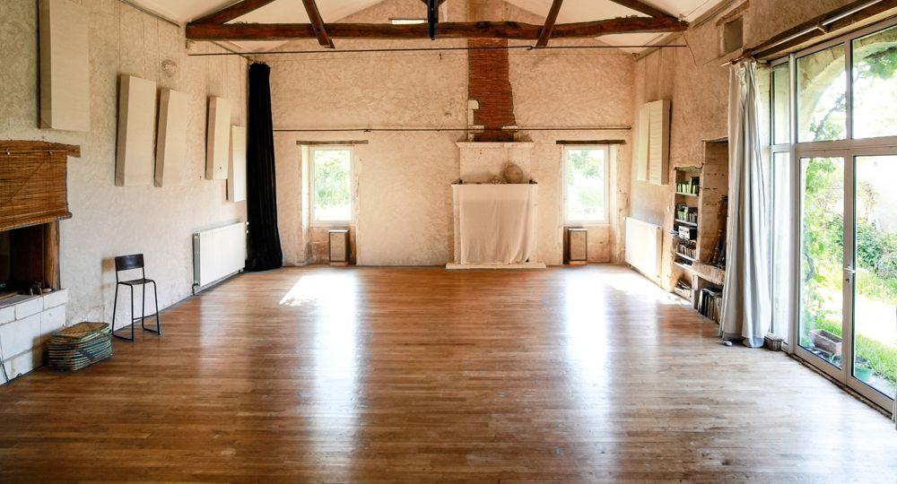 Super Le studio de danse « Studio Juillaguet Studio Juillaguet LU68